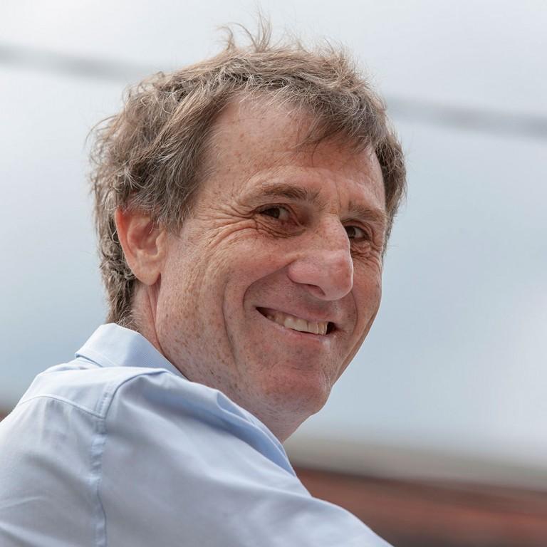 Author and Investor Benj Gallander (MBA'83)