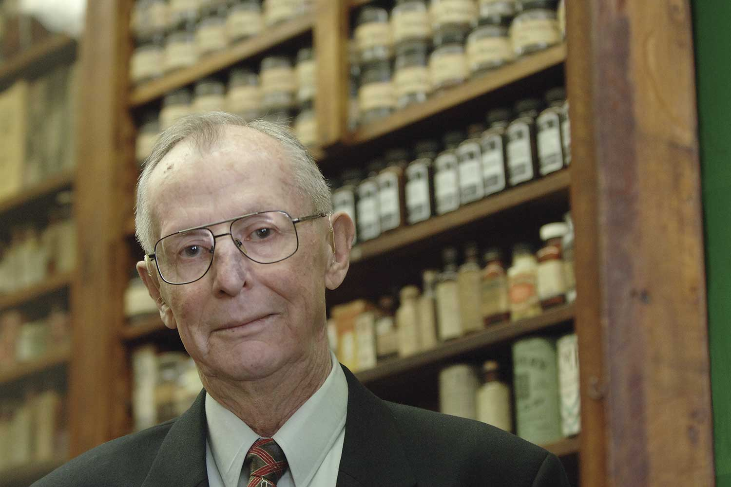 A Lifelong Commitment to the College of Pharmacy