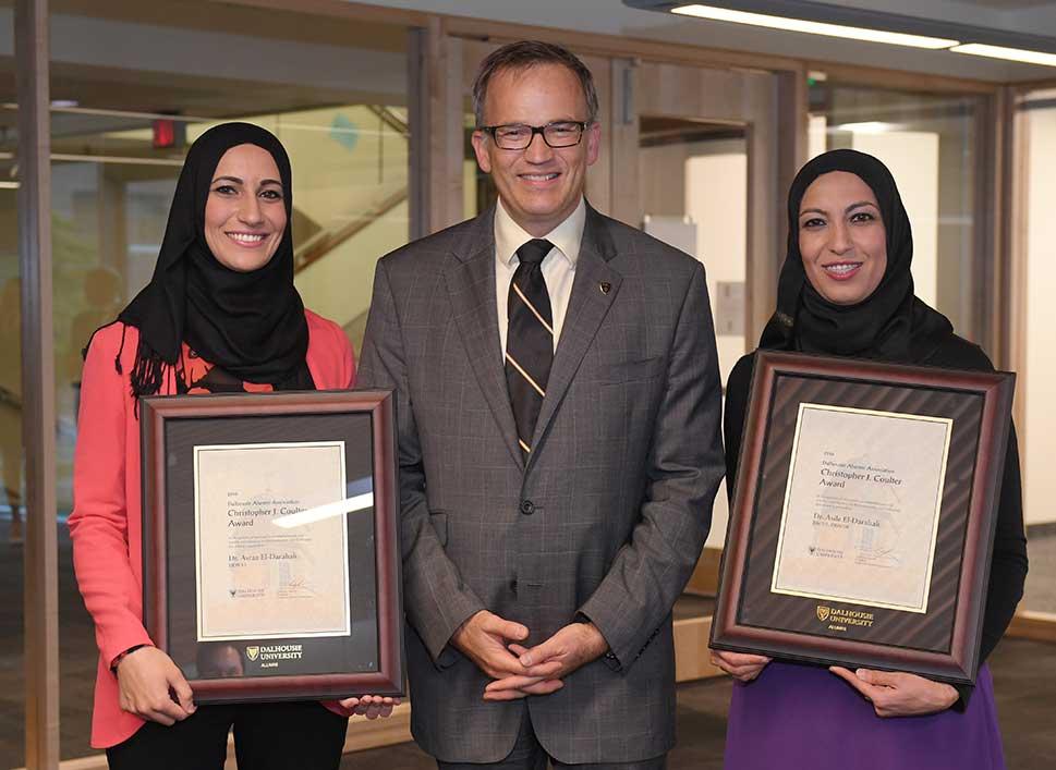 f16-09-sisters-award